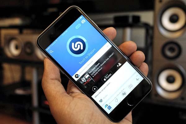 Поиск музыки по звуку онлайн, через микрофон – на компьютере или телефоне