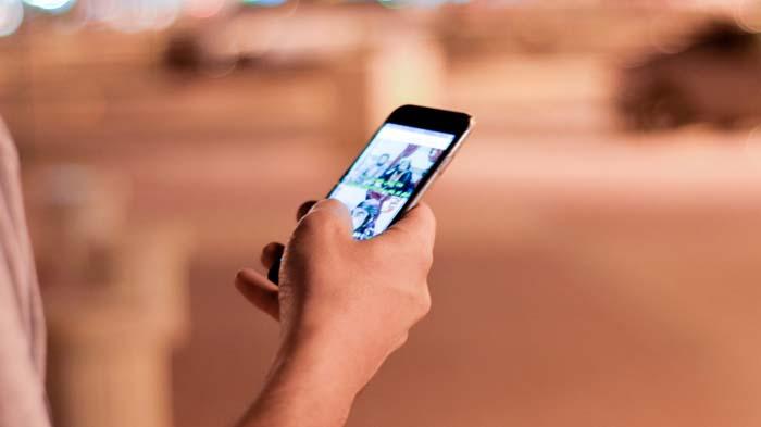Как поставить видео на экран блокировки Андроид (живые обои)